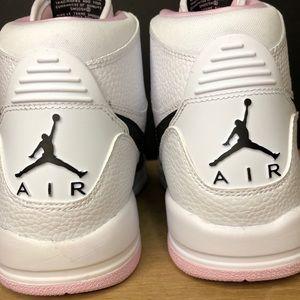 Nike Shoes - Nike Air Jordan Legacy 312 (GS) Youth  AT4040-106